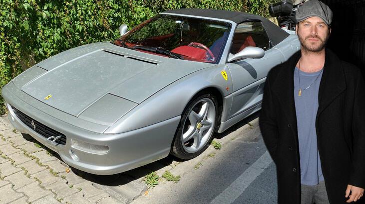 Kıvanç Tatlıtuğ Ferrari'sine alıcı bulamayınca indirime gitti