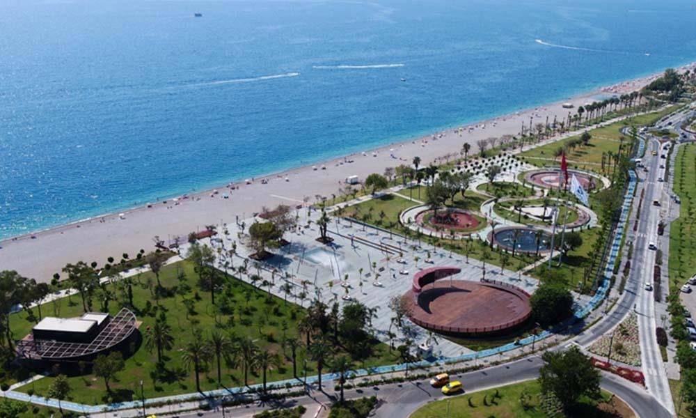 İdare Mahkemesi'nin iptal kararını Danıştay bozdu: Konyaaltı sahili tekrar Hülya Koçyiğit'in damadında