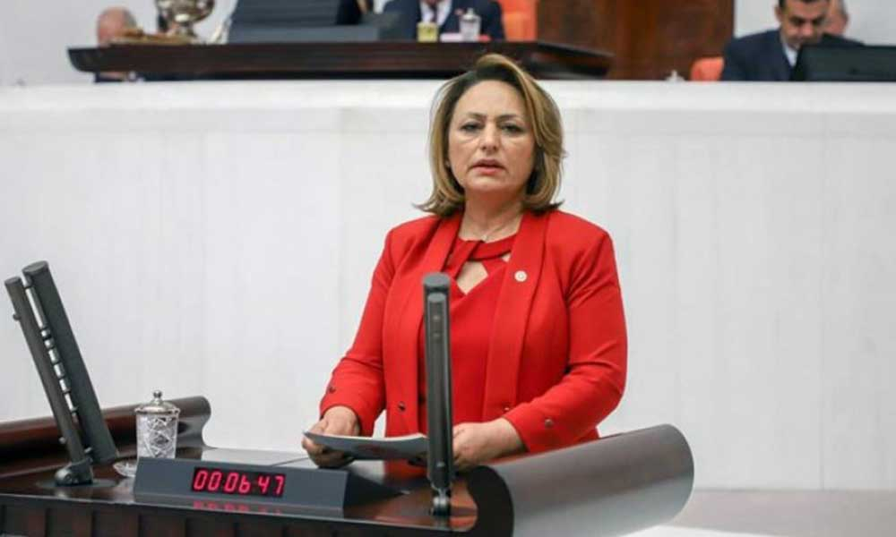 Başhekim AKP binasında mülakata çağrıldı iddiası Meclis'de