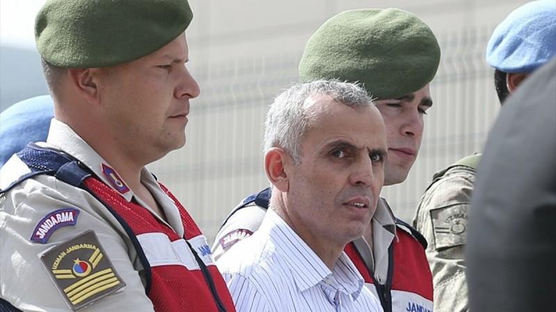 'Darbeci General Başbakanlık'ta uyurken gözaltına alınmış'