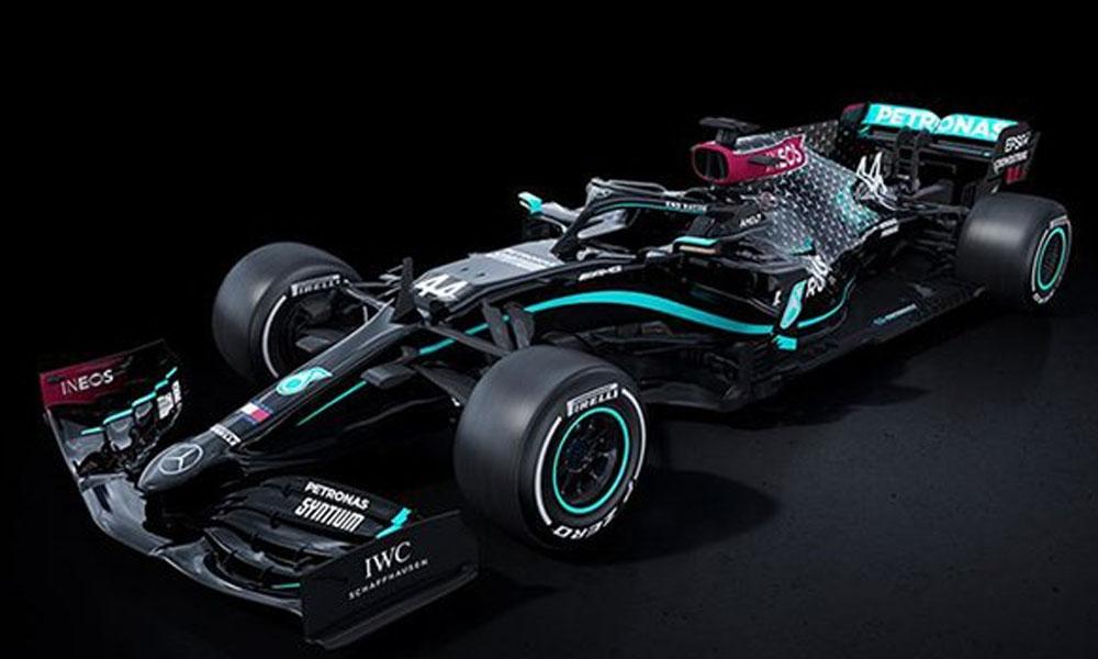 Mercedes ırkçılığa karşı siyah arabayla yarışacak!