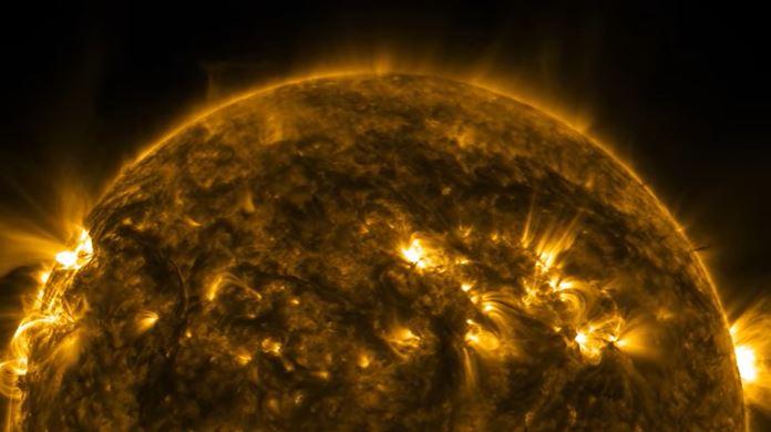 NASA, Güneş'e ait milyonlarca fotoğrafı toplayıp yüksek çözünürlüklü video olarak yayımladı