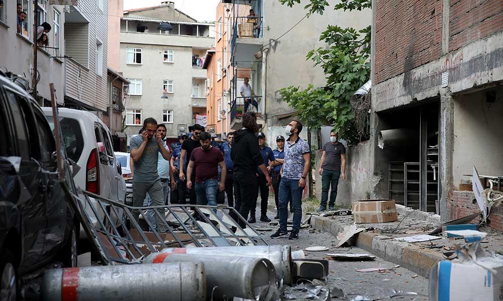 Beyoğlu'nda bir iş yerinde patlama! Çok sayıda yaralı