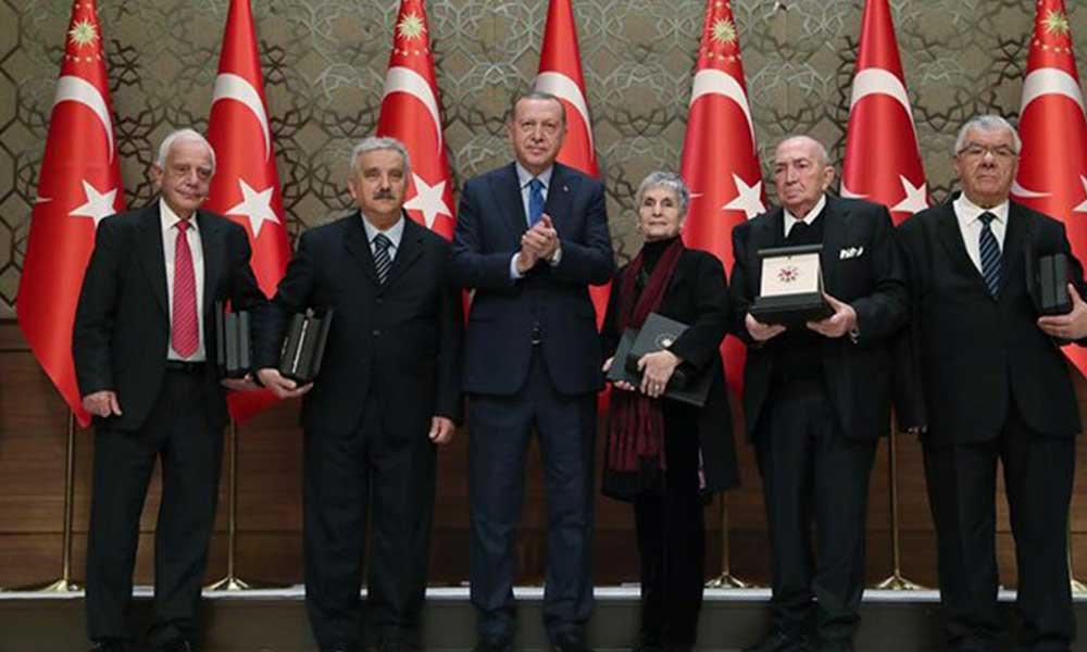 Artık ödülün sahibini de Erdoğan 'şahsım' seçecek