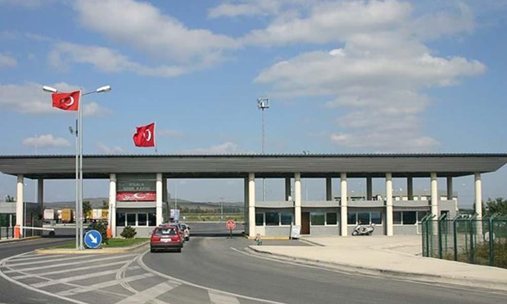 Türkiye, bir ülke hariç koronovirüs nedeniyle kapatılan tüm sınır kapılarını açtı