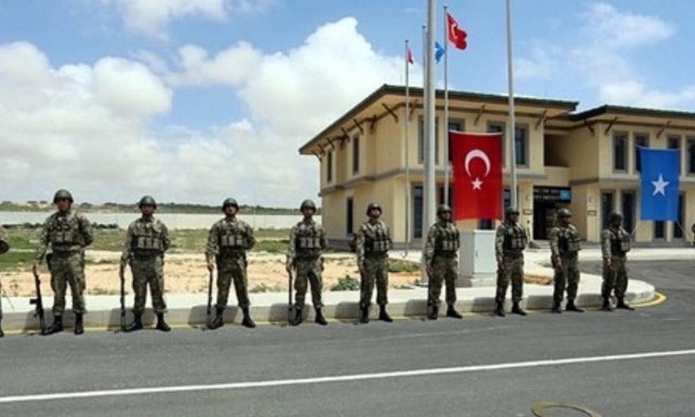 Türk üssüne saldırı: 2 ölü!