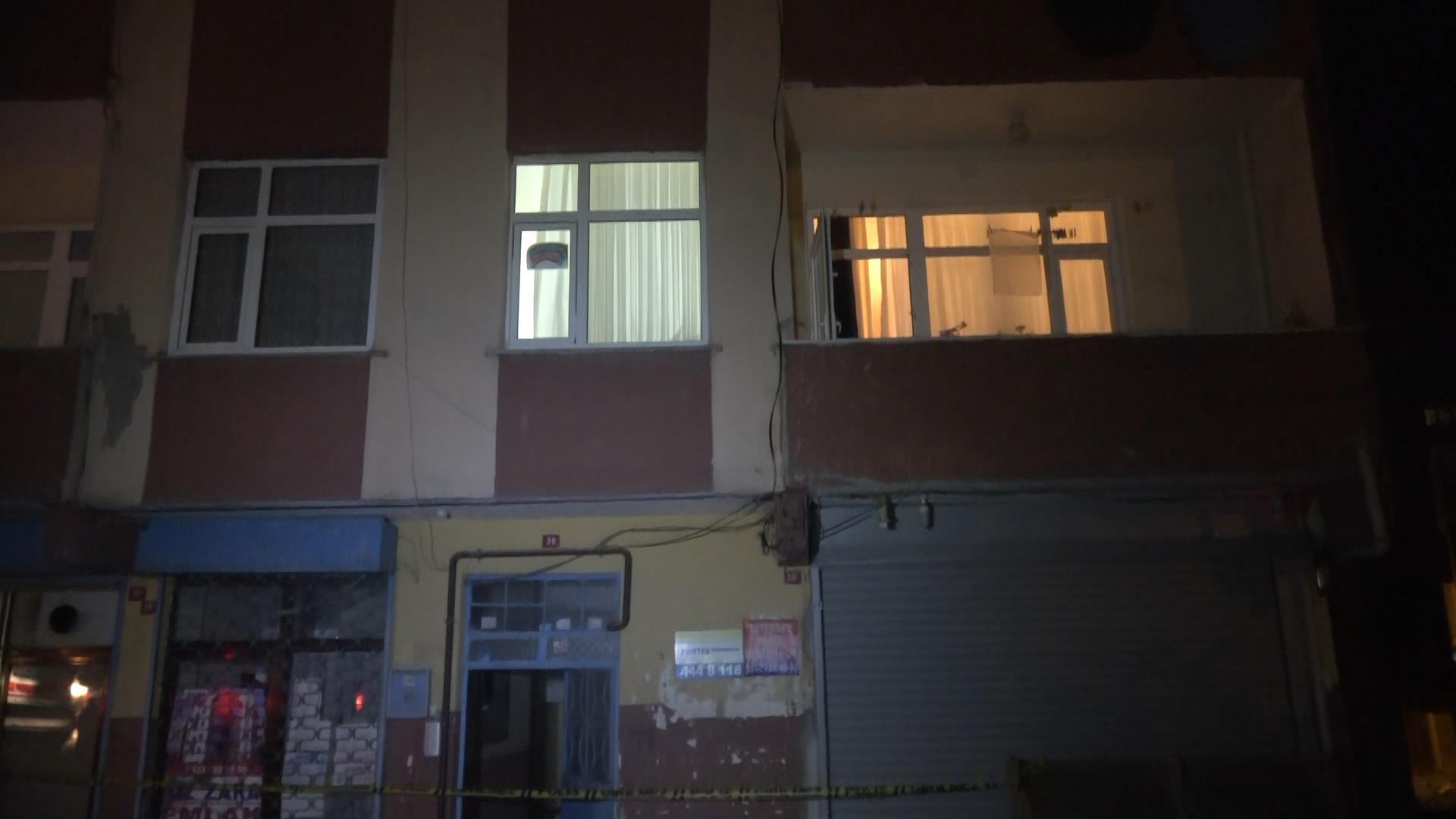 Arnavutköy'de böcek ilacından zehirlenen 10 kişi hastaneye kaldırıldı