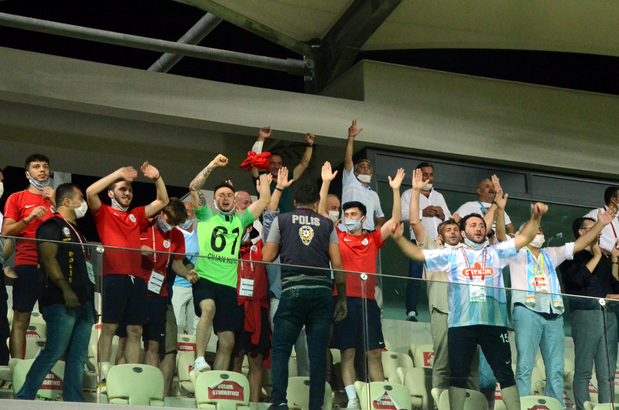 TFF 2'nci Lig'e yükselen son takım Pazarspor oldu