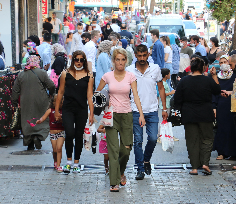 Samsun'da mesafesiz bayram alışverişi