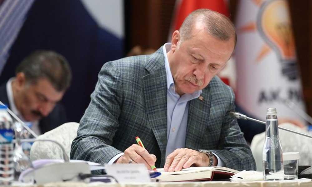 AYM Cumhurbaşkanlığı Kararnamesi'ni iptal etti!