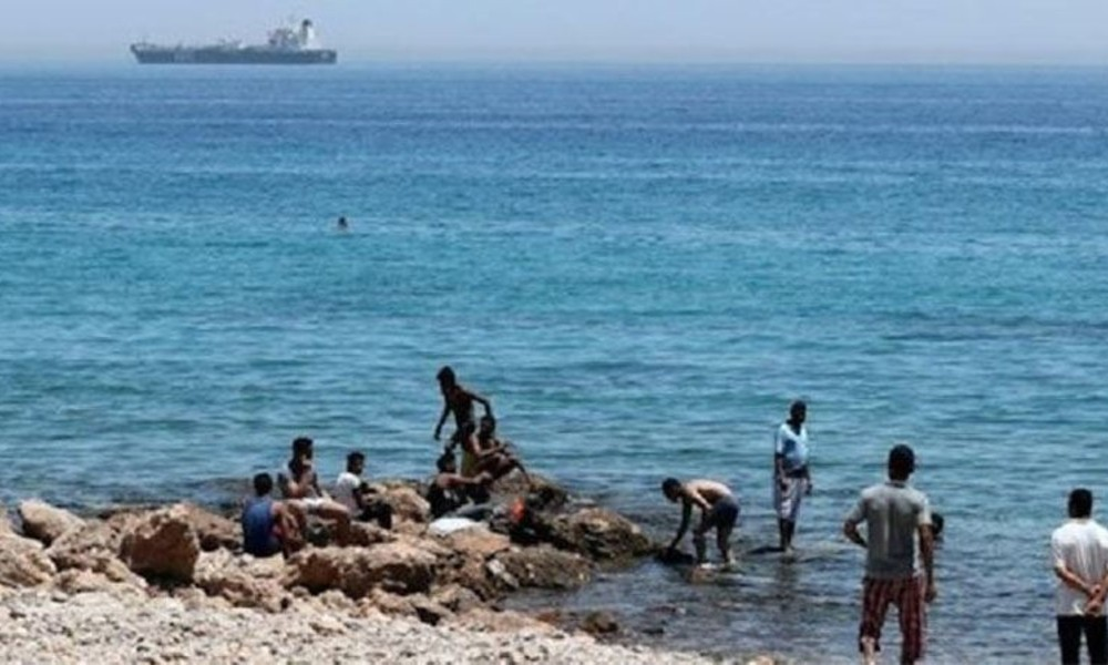 Boğulan bir çocuğu kurtarmak isteyen 11 kişi boğuldu