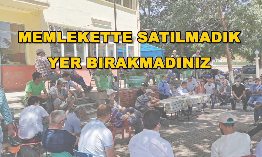 AKP'li vekile kendi köyünde soğuk duş! Eleştirilince yurttaşı azarladı