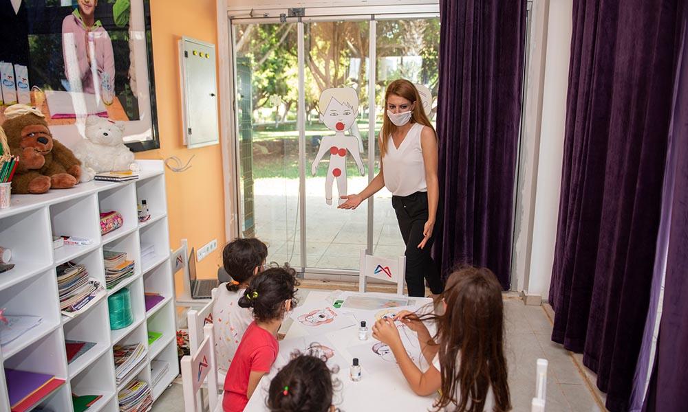 """Mahremiyet Eğitimi ile çocuklar """"çığlık atmayı"""" öğreniyor"""