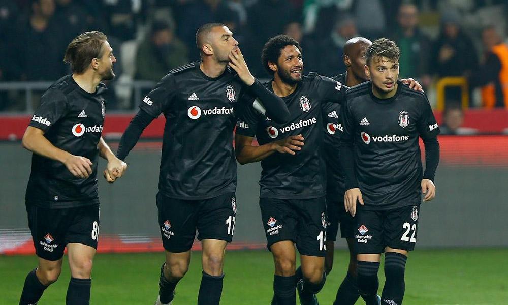 Transferde dev sürpriz! Beşiktaş'ın yıldızı ezeli rakibine transfer oluyor