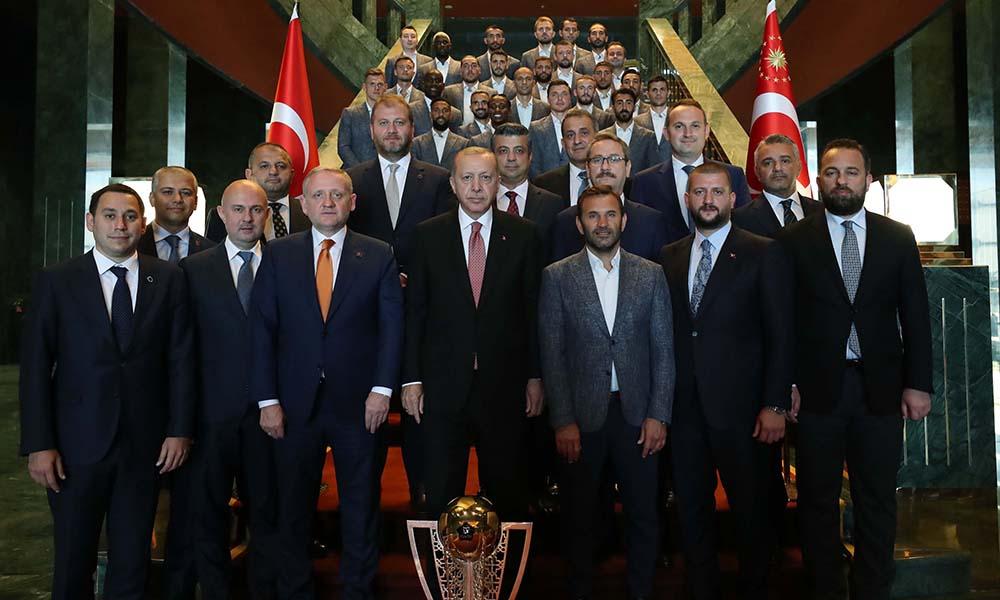 Şampiyon Başakşehir'den Erdoğan'a ziyaret