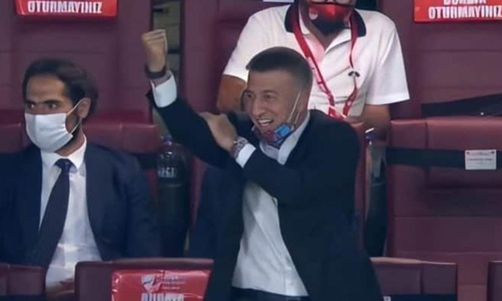 Türkiye Kupası finalinde Ağaoğlu'nun yaptığı hareket büyük tepki topladı!