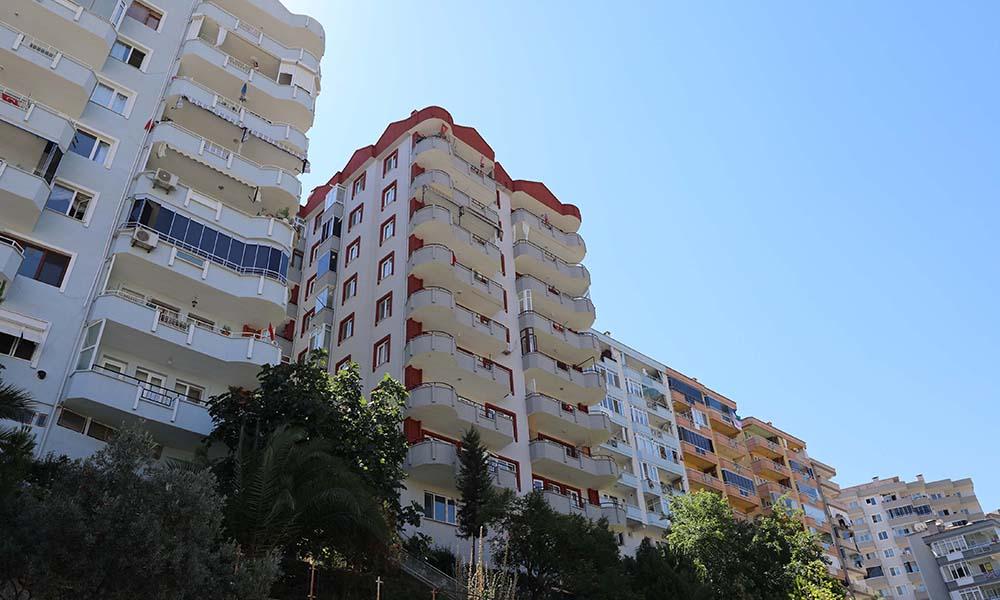 Kolonu patlayan bina sakinlerine Mudanya Belediyesi'nden destek