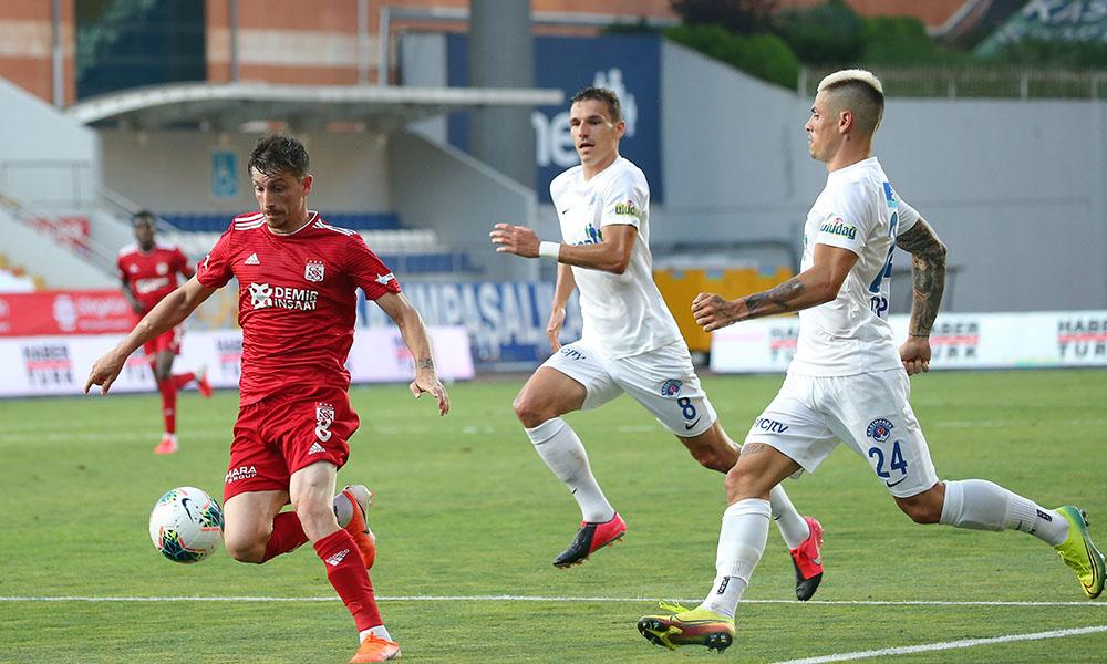 Sivasspor galibiyeti unuttu! Kasımpaşa rahat bir nefes aldı