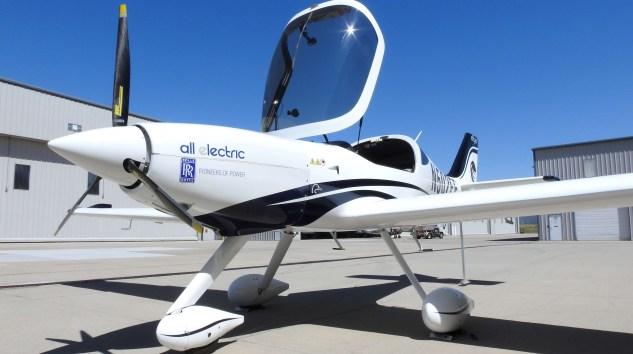 Elektrikli uçak, Rolls-Royce teknolojisi İle göklere çıkıyor