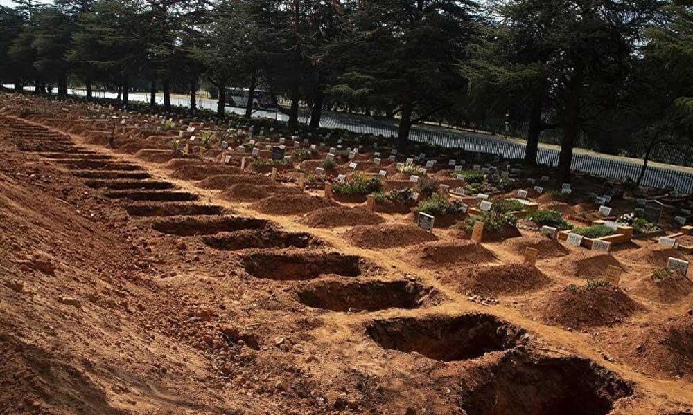 Güney Afrika'da Koronavirüs alarmı! 1.5 milyon kişilik toplu mezarlar hazırlanıyor