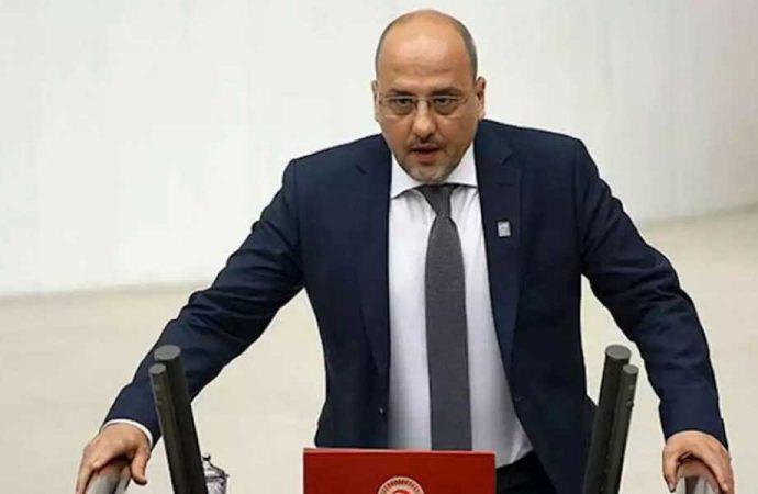 Ahmet Şık'tan AKP'li Turan'a: Ne kadar çenesiz adammışsın