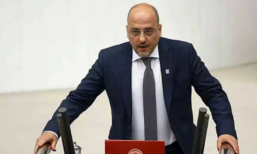 Ahmet Şık'tan AKP'li Bülent Turan'a: Biraz terbiyeni takın olur mu?