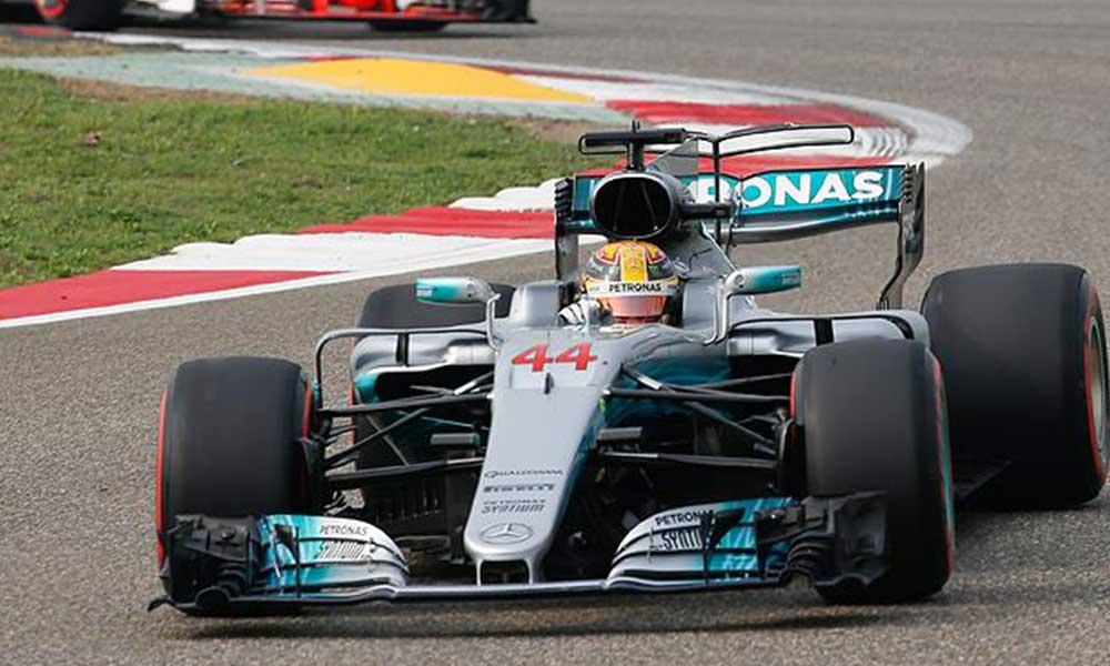 Mercedes pilotu L. Hamilton ceza aldi… Kaçıncı sırada başlayacak?