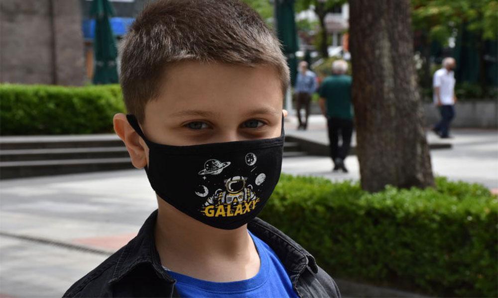 2 yaşın altındaki çocuklar için bez maske uyarısı