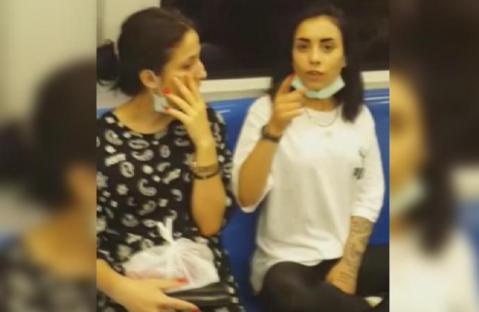 Metroda maske takmama kavgası!