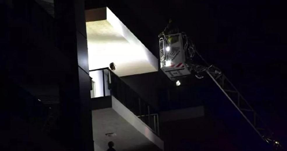 İzmir'de 6 katlı binada çıkan yangın paniğe neden oldu