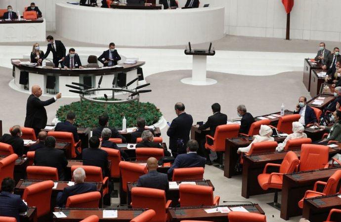 CHP'li belediyelere ek bütçe yok! Borca batma yetkisi meclisten geçti