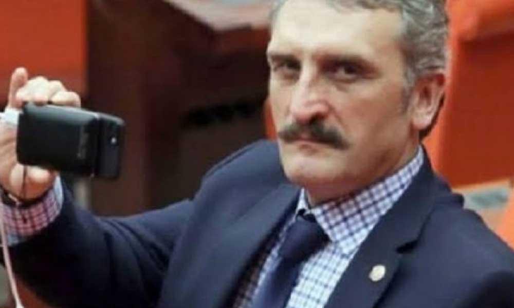 Babanın adı neden orada Yeliz? AKP'li Çamlı 270 yıllık çeşmenin kitabesine babasının adını yazdırdı
