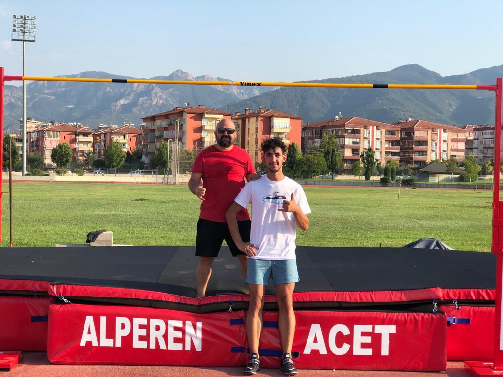 Milli atlet Alperen Acet, Avrupa'da 5'inci sıraya yükseldi