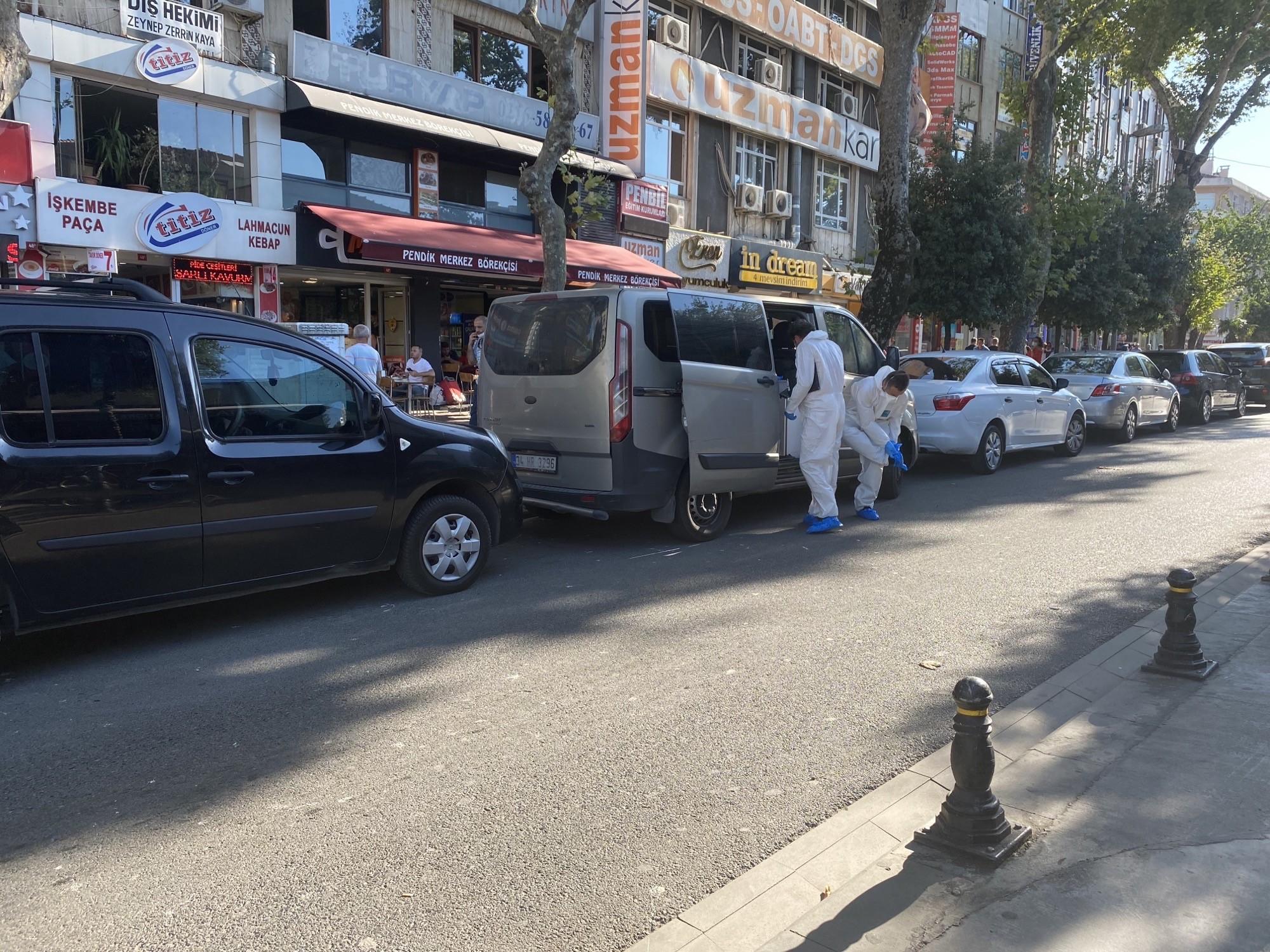 Marmaray'da raylara atlayan kişi trenin altında kalarak hayatını kaybetti