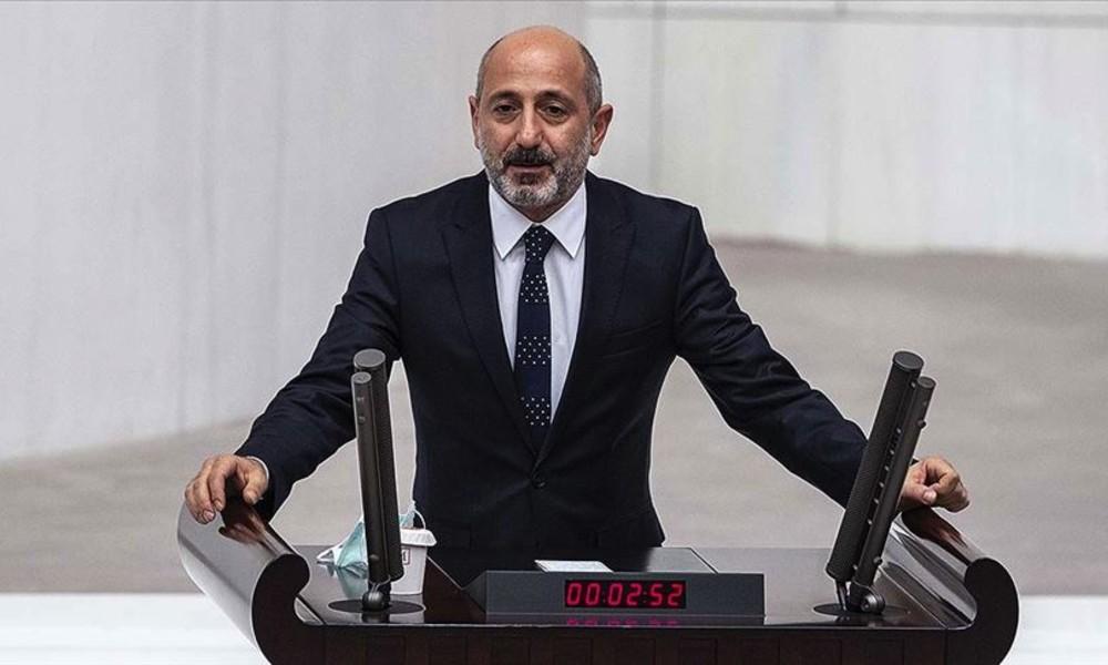 CHP'li Öztunç: Doktor olmadığı için Karslı, Erzurum'a gidiyor ama Cumhurbaşkanı amirallerle yatıp kalkıyor