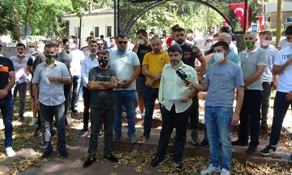 Bursaspor taraftarları TFF'ye tepki gösterdi: Birilerinin gazı ile düşme kaldırılıyor