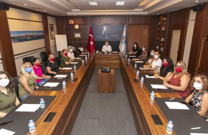 Mersin Büyükşehir Belediye Başkanı Seçer: Çok sayıda kadın istihdamı yaptık