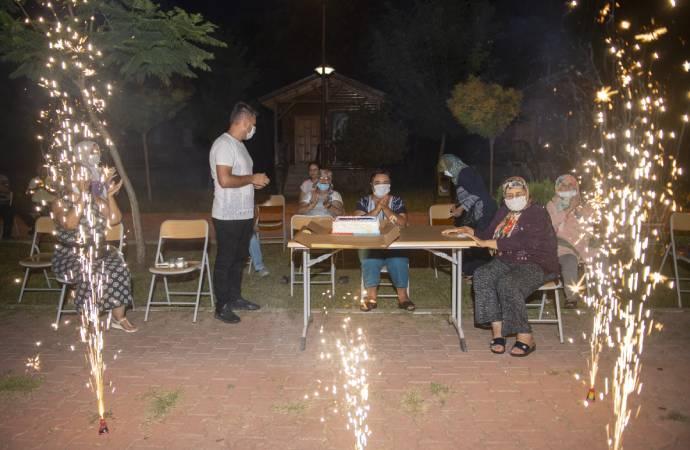 Mersin Büyükşehir Belediyesi, yaşlıları Tarsus Gençlik Kampı'nda ağırladı