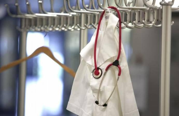 Van-Hakkari Tabip Odası Başkanı: Sağlık çalışanlarının hakkı ödenmedi, istifalar artabilir