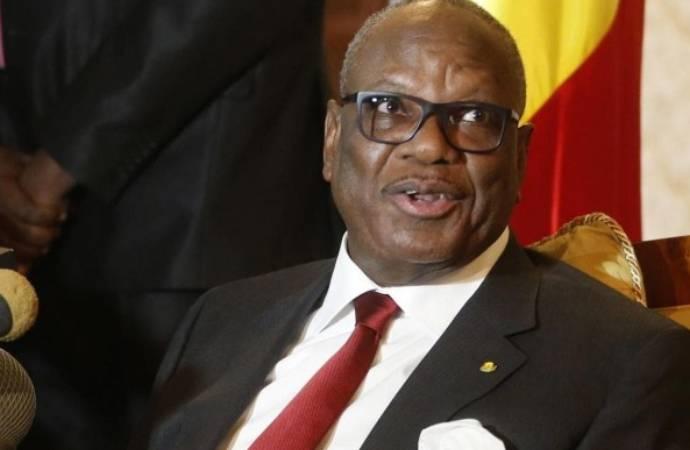 Darbe girişimiyle alıkonulan Mali Cumhurbaşkanı Keita istifa etti