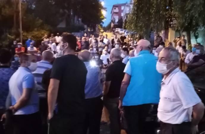 Ümraniye'deki 2B mağduru vatandaşlar: Çamurlu sokaklar vardı, o zaman neredeydiniz?