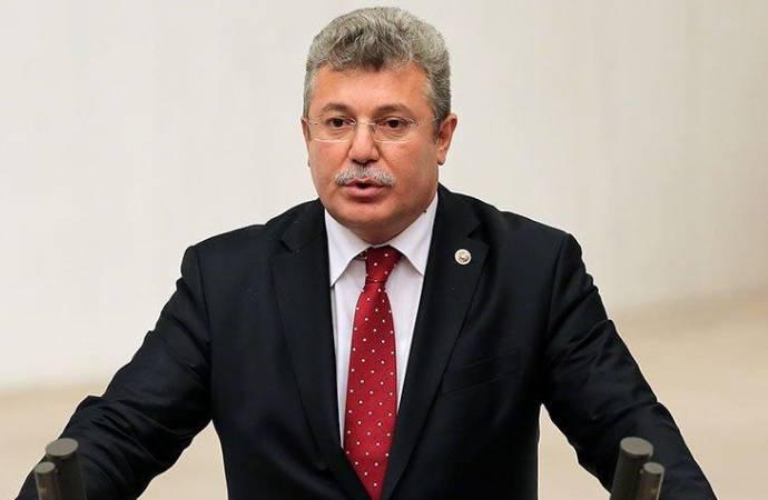 Koronavirüsü yenen AKP'li Akbaşoğlu, taburcu edildi
