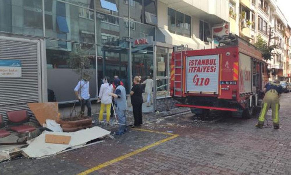 Gaziosmanpaşa'da özel hastanenin duvarı çöktü