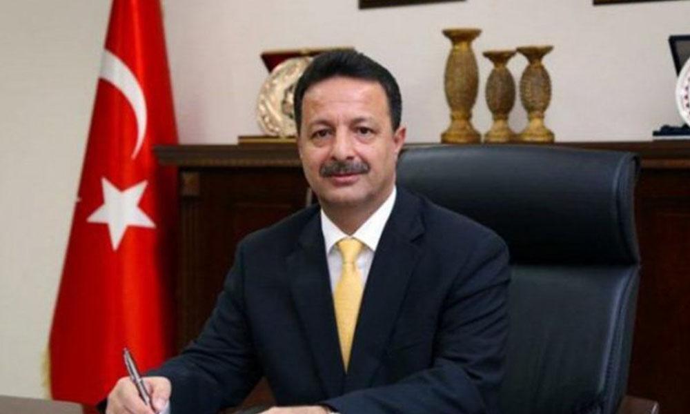 Lüks makam aracı isteyen rektör Murat Erman istifa etti