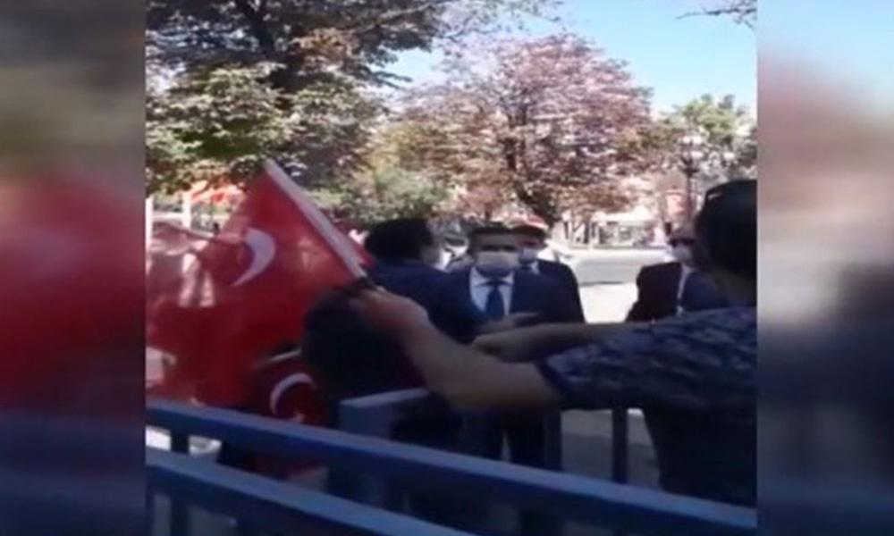 30 Ağustos'ta Atatürk'ün anıtına Atatürk yasağı!