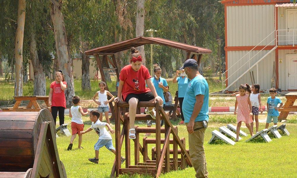 Büyükşehir, AKROMFED üyesi anne ve çocukları ağırladı