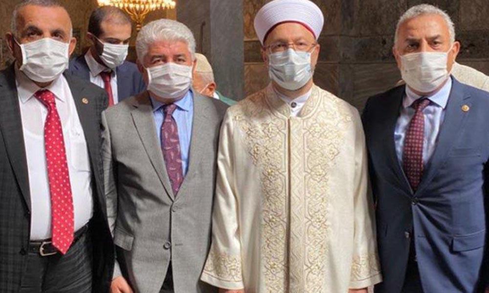 Ayasofya'da Diyanet İşleri Başkanı Erbaş ile fotoğraf çektiren 3 AKP'li vekil koronavirüse yakalandı