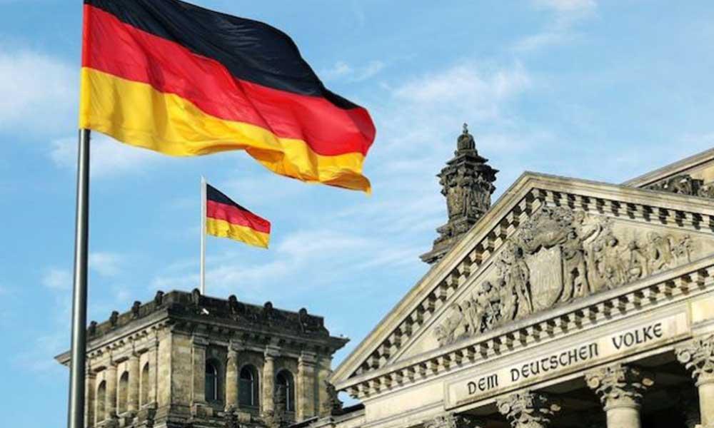 Almanya işletmecilere 10 milyar euro yardım edip kapanıyor