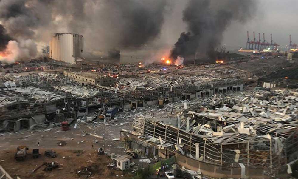 Beyrut'u yerle bir eden patlama öfke seline döndü! İlk istifa geldi…