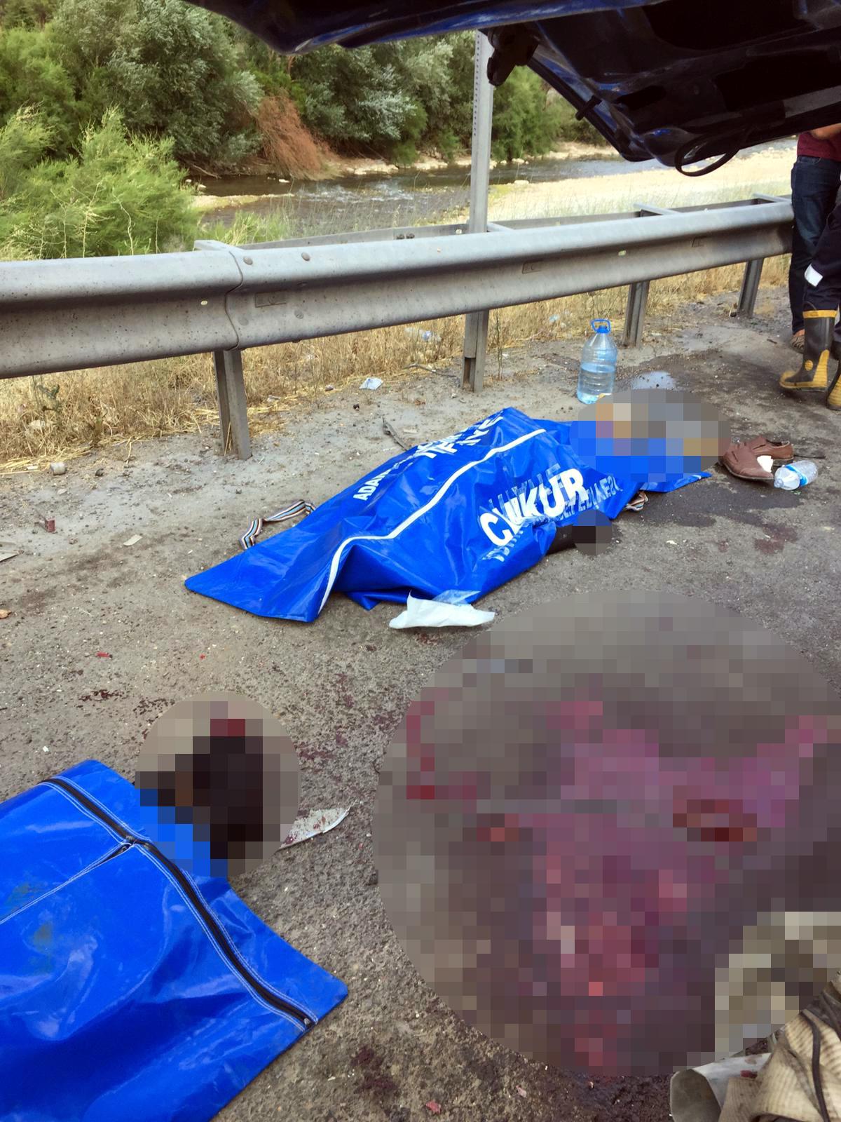 Adana'da otomobil ile midibüs çarpıştı: 4 ölü, 2 yaralı